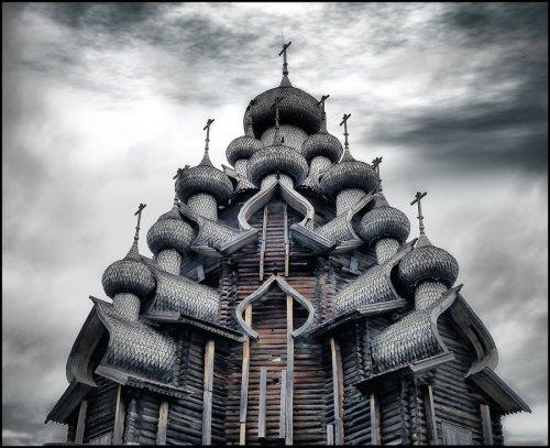 Деревянное архитектурное наследие в России