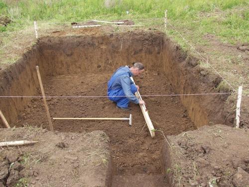 Опыт строительства землянки