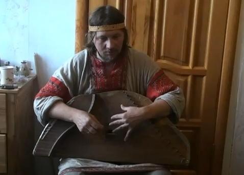 Егор Стрельников - гусли.