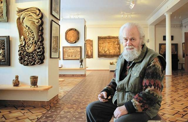 Кронид Александрович Гоголев - Мастер резьбы по дереву