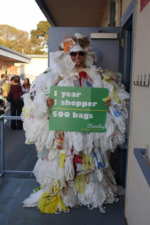 Пластиковые пакеты и бутылки для будущих поколений
