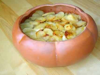 Горшок – хранитель традиций: картошка в горшочках и другие рецепты