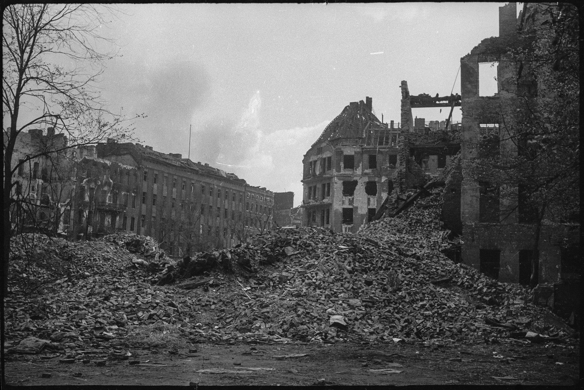 озера фото города в руинах вов счет эффекта горячей